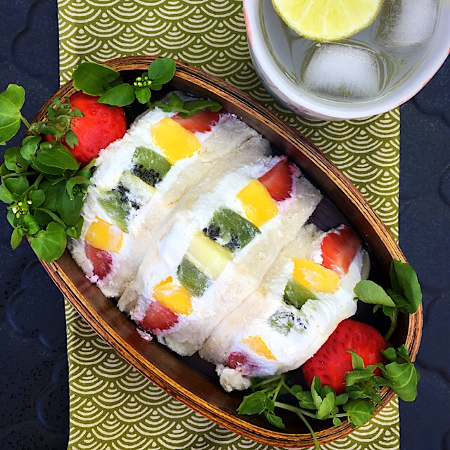 Japanese Style Summer Fruit Sandwich